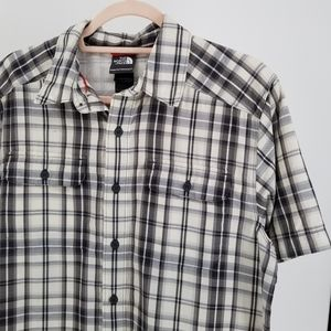 North Face black white plaid shirt Medium Button